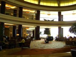 abu-dhabi-hotel-foyer-2