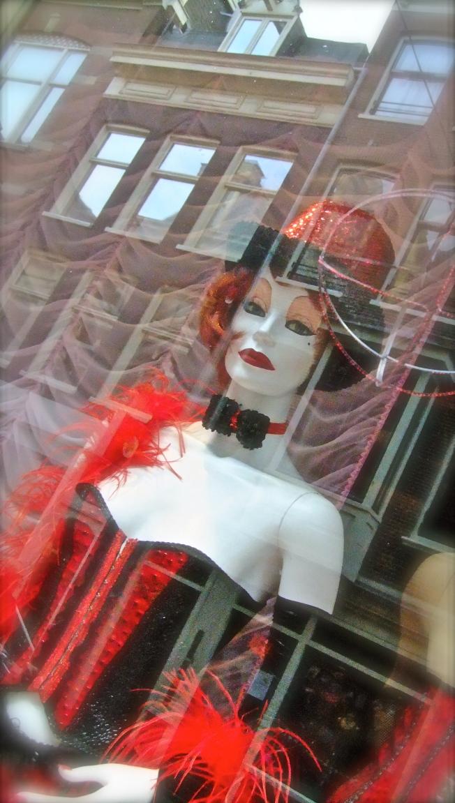 transvestite mannequin amsterdam