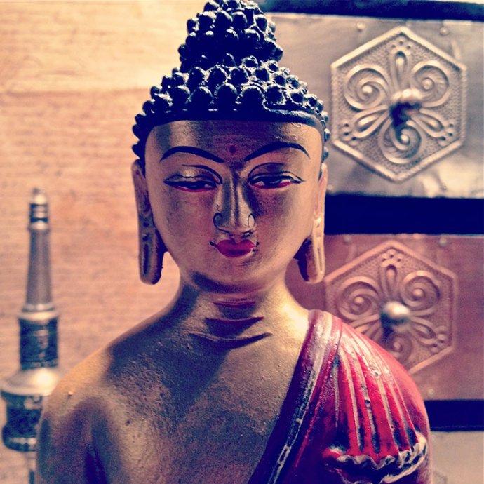 blue tinted buddha