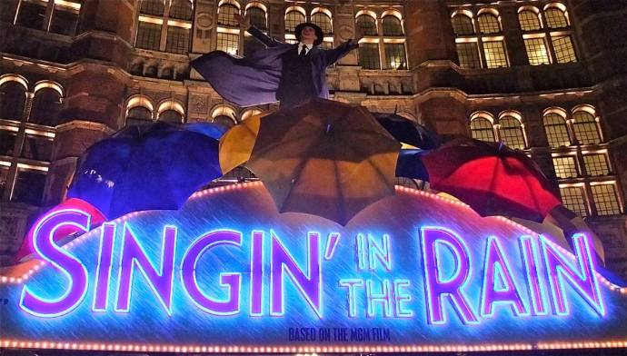 Singin' in the Rain West End London Neon Sign