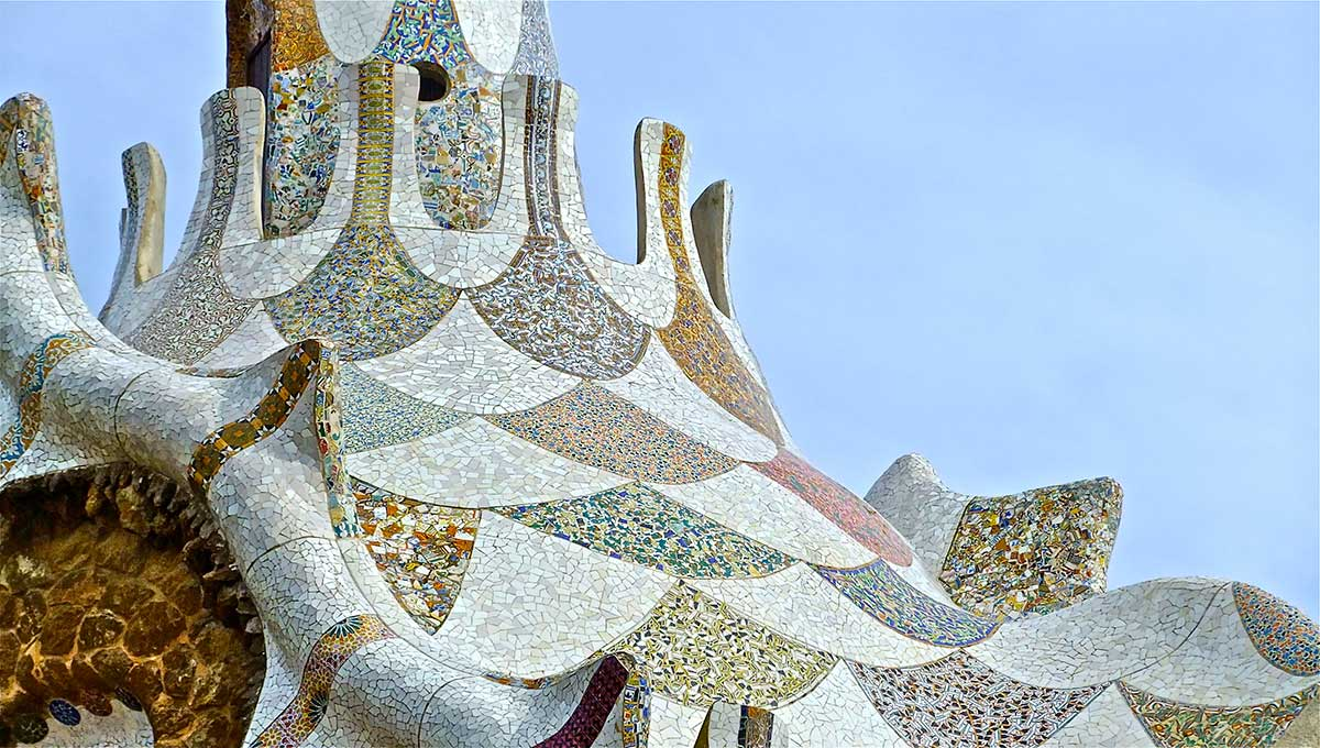 Gaudi Roof The Vibes