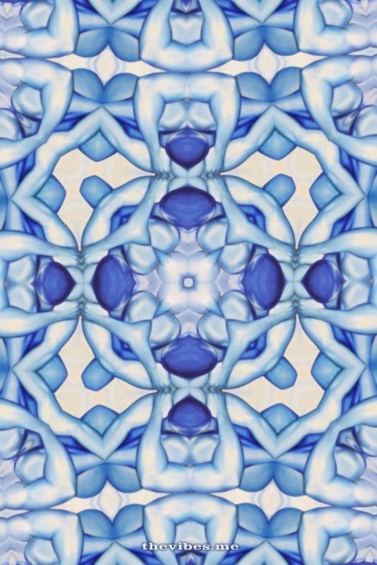 Kaleidoscope image oil painting delft kooleido