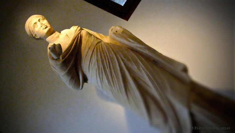 ancient greek statue museum mount olympus the vibes