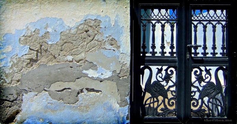 iron gates santorini greece