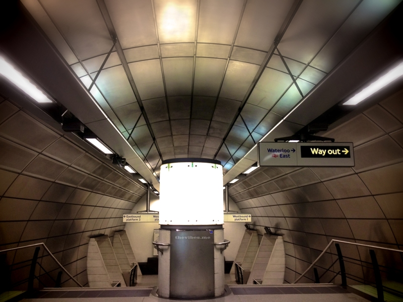 Way Out Sign Westminster Underground Station The Vibes